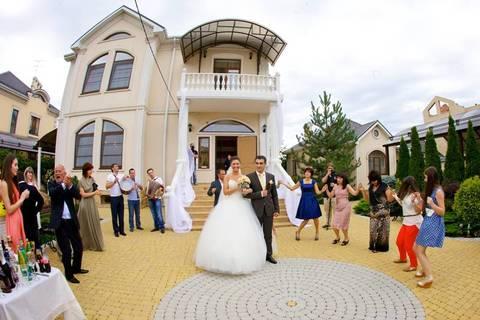Обычаи и традиции армянской свадьбы сегодня - как обыграть их на современном торжестве